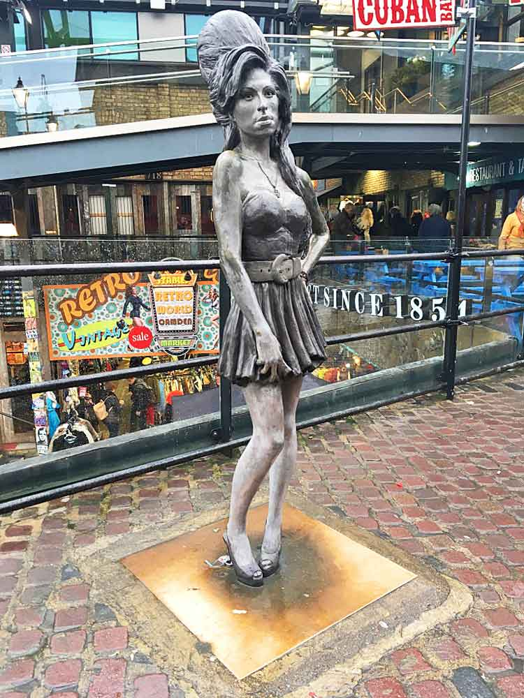 Amy Winehouse Statue in Camden Market