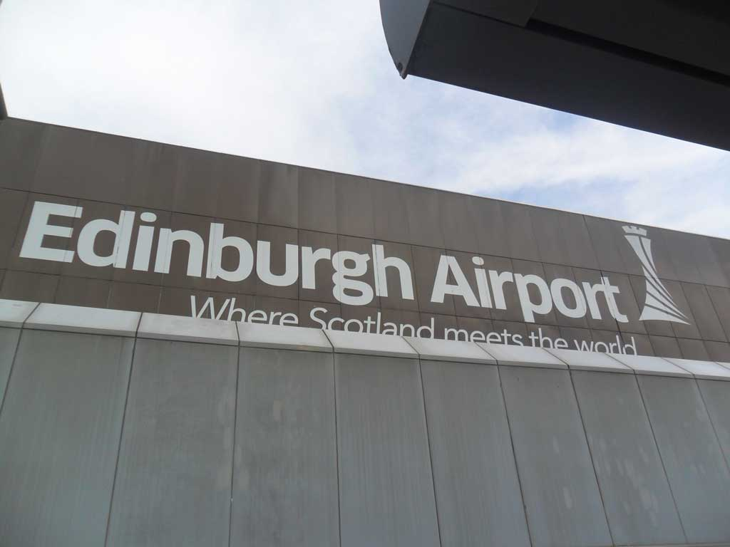 schottland-edinburgh-airport