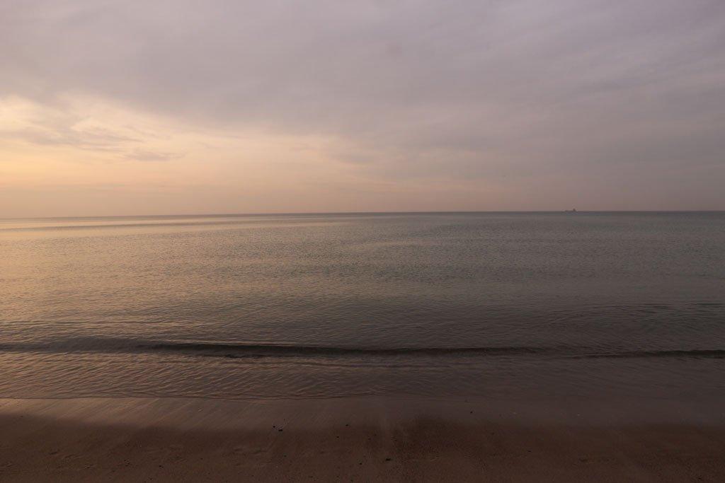 Sonnenuntergang am Meer von Warnemünde