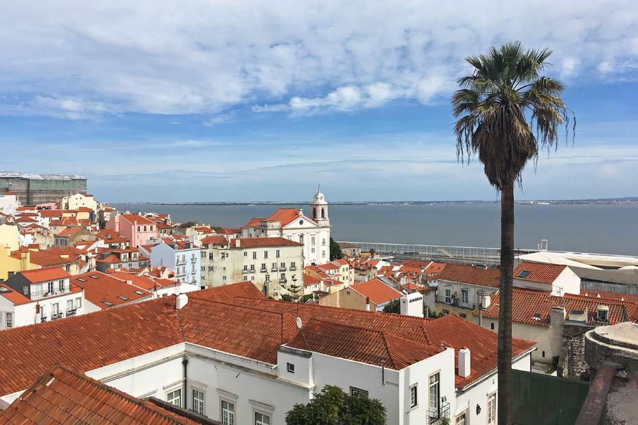 Lissabon Tipps: Miradouro de Santa Luzia