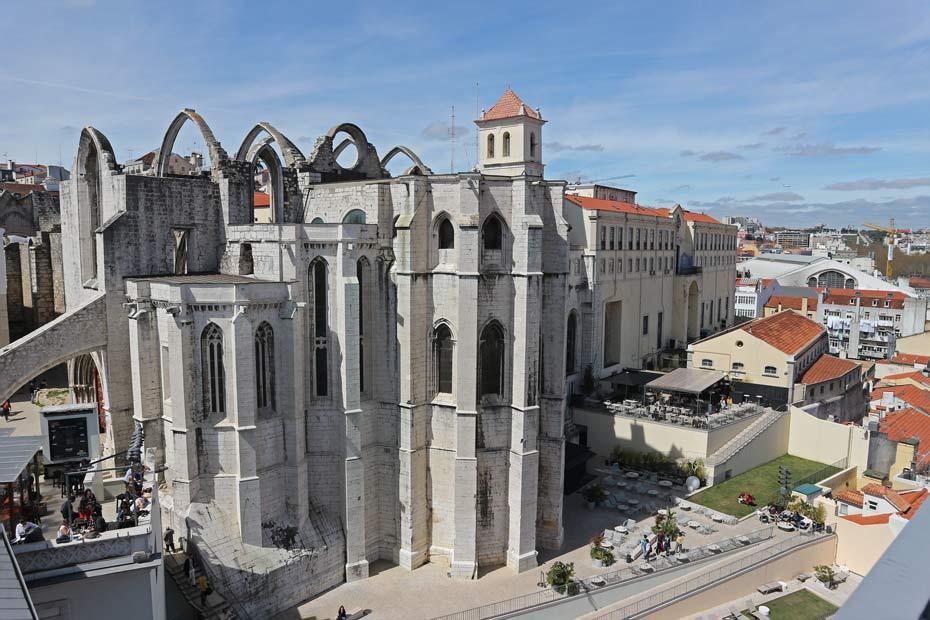 Lissabon Tipps: Blick auf das Restaurant Topo Chiado