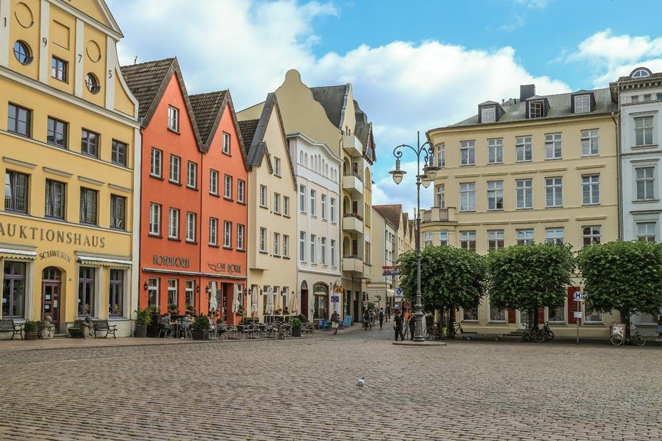 Schwerin Sehenswürdigkeiten und Tipps: der Marktplatz von Schwerin