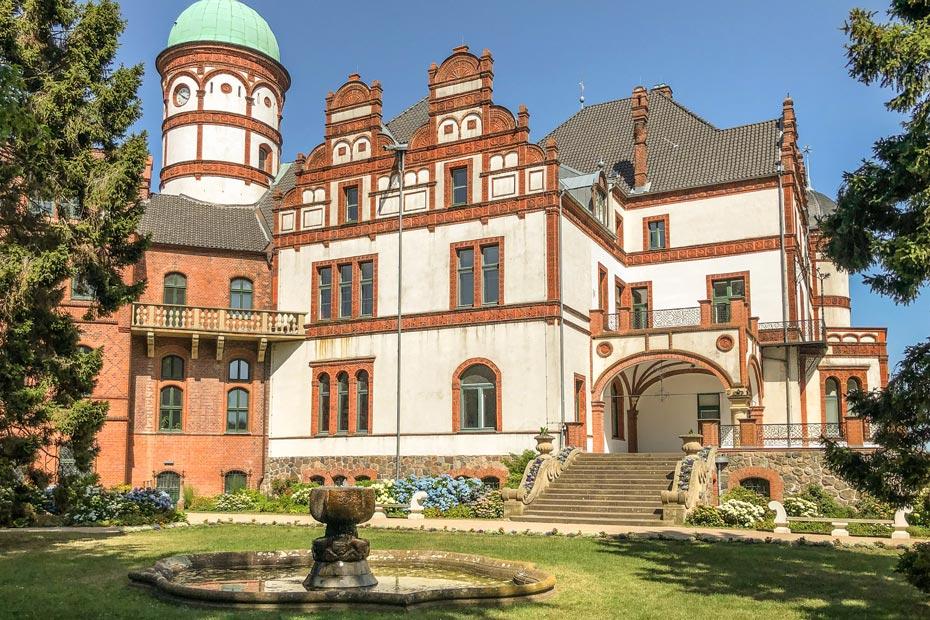 Sehenswürdigkeiten Schwerin: Schloss Wiligrad